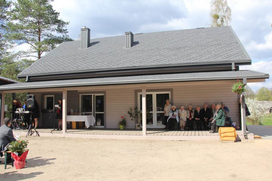 Švendubrės bendruomenės namai